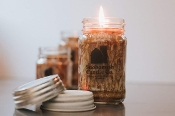 "25 Ounce (LG) Mason Jar Candle with ""OLDE Tyme""  Lid"